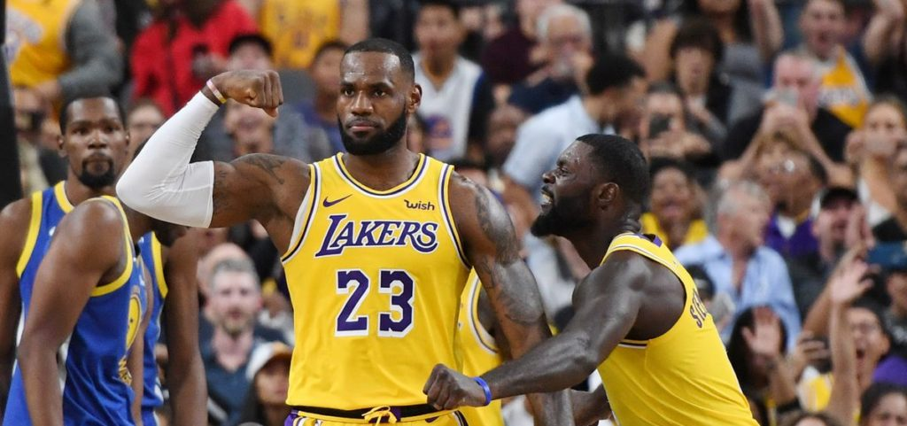 LeBron James et Lance Stephenson sous le maillot des Lakers