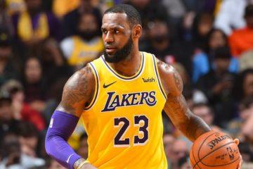 Après la victoire face aux Rockets, LeBron James a parlé de sacrifice envers les Lakers pour accrocher les playoffs