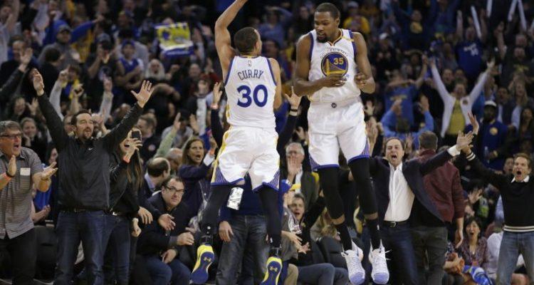 Stephen Curry ert Kevin Durant ne sont pas loin d'être le duo le plus prolifique depuis Kobe Bryant et Shaquille O'Neal