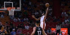 NBA – Top 10 : Derrick Jones Jr pour le dunk de l'année ?!