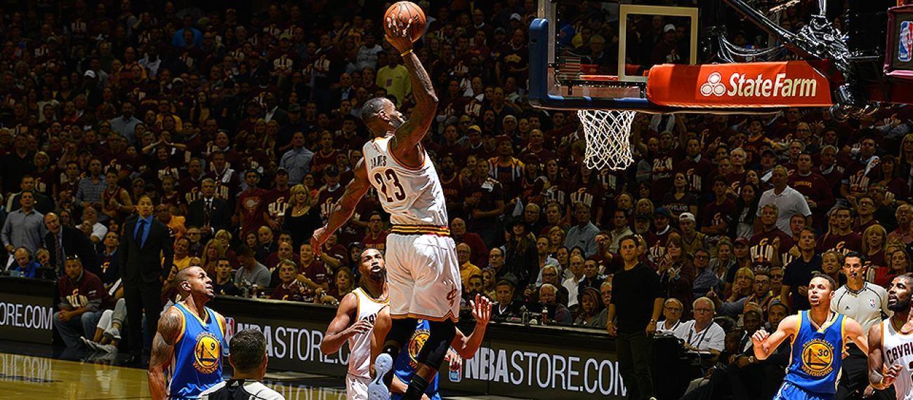 Les 5 plus grands moments de LeBron James en Finales NBA face aux Warriors