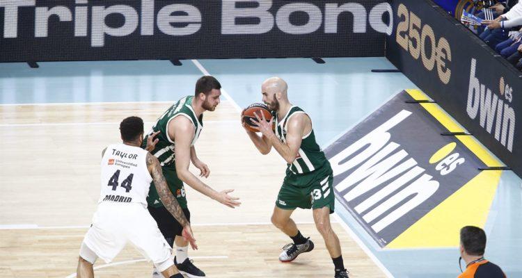 Incertitude autour du meneur grec pour le match 3