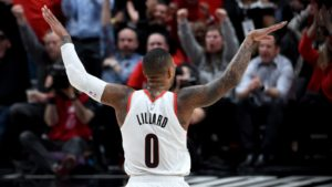NBA – Top 10 : Damian Lillard met OKC à terre