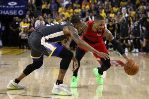 NBA – Damian Lillard furieux après l'interception d'Andre Iguodala