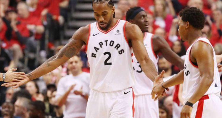 Kawhi Leonard en playoffs sous le maillot des Raptors
