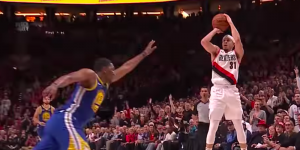 NBA – Top 5 : Seth Curry intercepte Steph, et sanctionne !