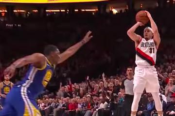 Seth Curry Stephen Curry Kevon Looney Portland Trail Blazers Golden State Warriors