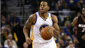 NBA – Andre Iguodala salue la défense des Warriors