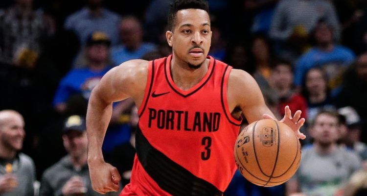 cj mccollum face à denver