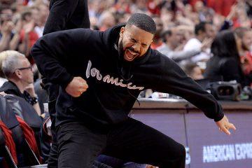 Le pull de Drake en hommage à Kawhi