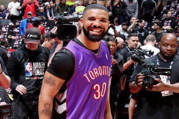 troll drake maillot curry