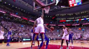 NBA – Top 5 : Kawhi Leonard dépose un colis sur Embiid