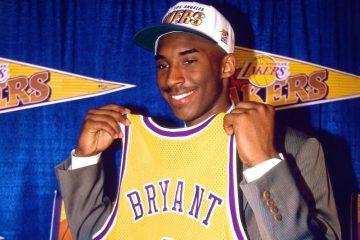 Kobe Bryant lors de son arrivée à Los Angeles