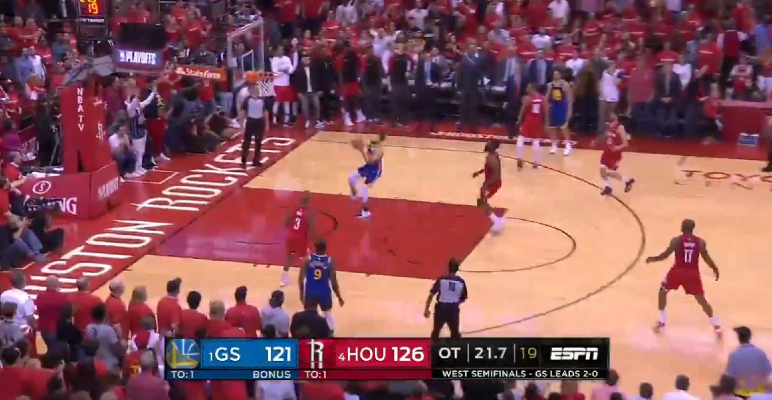 Steph Curry avec un raté incompréhensible contre Houston