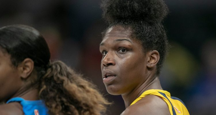 Teaira McCowan, lors du match Indiana Fever - New York Liberty