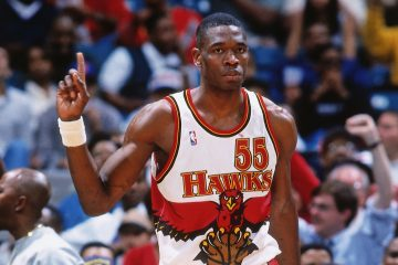 """Le """"finger wag"""" de Dikemebe Mutombo est un geste marquant de l'histoire de la NBA qui a influencé un grand nombre de joueurs"""
