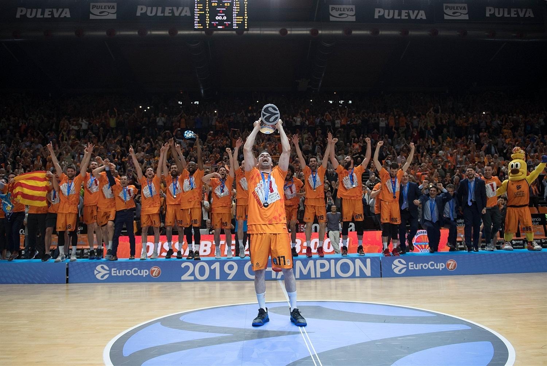 Qui succèdera à Valence la saison prochaine ?