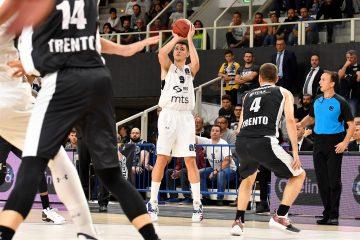 Le jeune serbe est la cible de l'Olympiakos pour la saison prochaine
