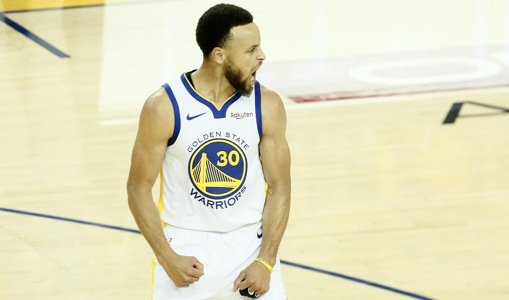 Curry et les siens vont alimenter la masse salariale des Warriors pendant de longues années...