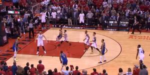 NBA – Top 5 : en bon vétéran, Andre Iguodala tue le Game