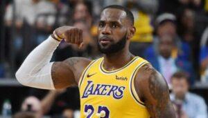 NBA – LeBron James rejoint un club d'élite dans l'histoire des Finales