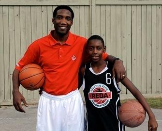 RJ Barrett jeune et son père