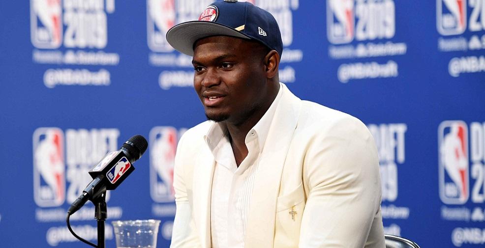 Zion Williamson a reçu une question bizarre de la part d'un reporter couvrant les Pelicans...