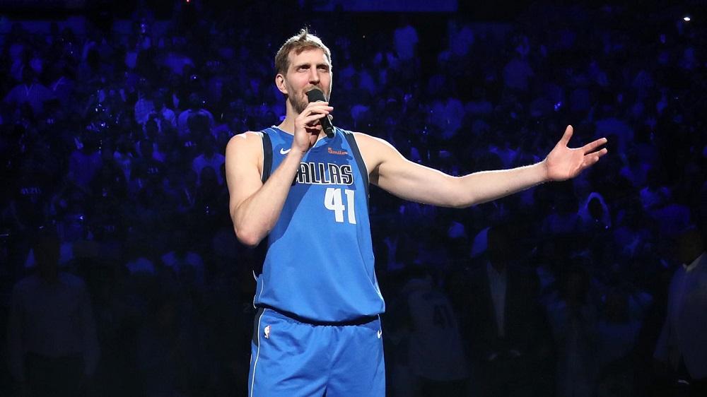 Dirk a visiblement pris du poids depuis sa retraite