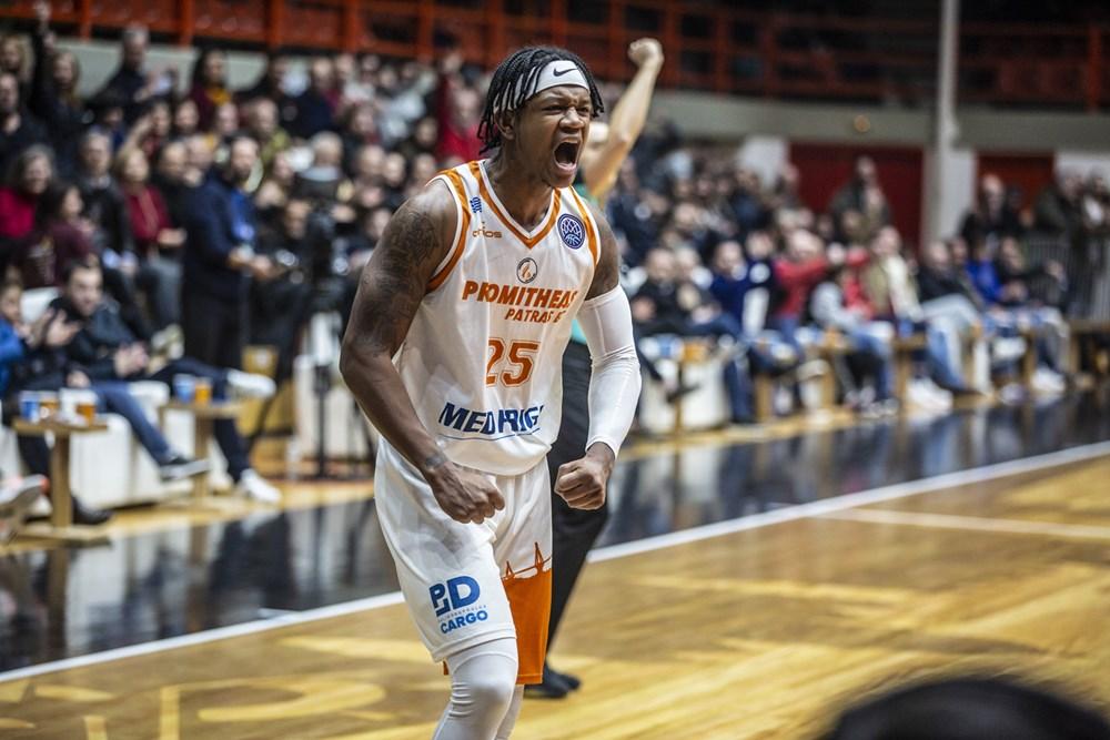 Rion Brown reste en Grèce et rejoint le champion