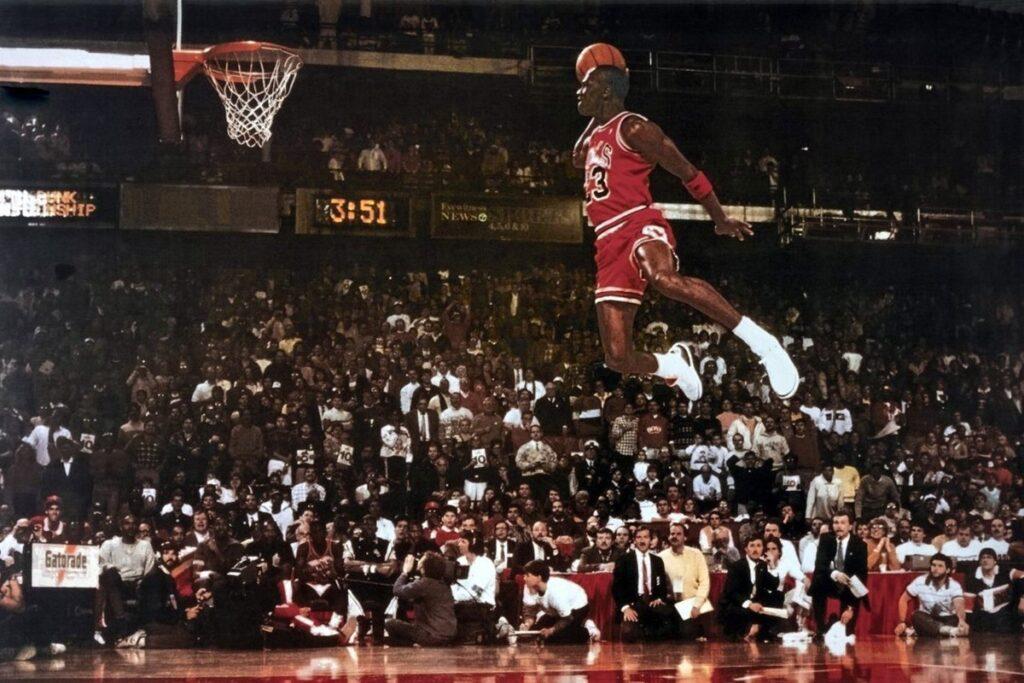 Michael Jordan lors du Dunk Contest 1985