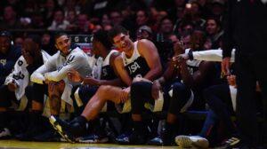 NBA – Brook Lopez déclenche la folie, Popovich obligé de le faire entrer