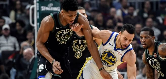 Steph Curry au duel avec Giannis