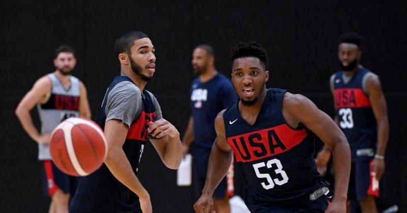Donovan Mitchell et Jayson Tatum lors de l'entraînement de Team USA