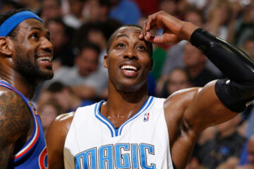 dwight howard et lebron james durant une action en nba