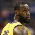 NBA – LeBron James répond aux critiques après ses propos polémiques
