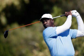 michael jordan banni d'un club de golf