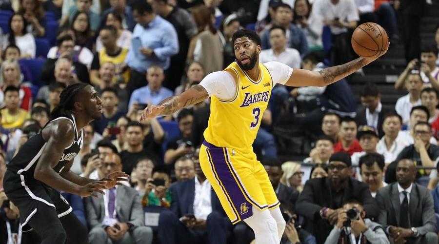 Silence Lakers Nets NBA