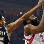 NBA – Dejounte Murray domine James Harden des 2 côtés du terrain en 10 secondes