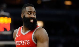 James Harden réagit à sa séquence amusante