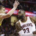 NBA – Mike Malone fait une comparaison intéressante entre LeBron et Nikola Jokic