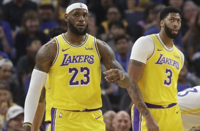 LeBron James et Anthony Davis sous le maillot des Lakers