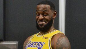 NBA – LeBron s'enflamme devant un objet rarissime à 50 millions !
