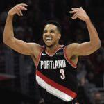 NBA – CJ McCollum chauffe publiquement Alex Len après leur accrochage !