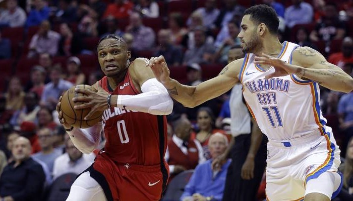 Russell Westbrook frôle le triple-double contre le Thunder