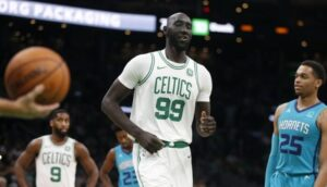 NBA – Tacko Fall recrée une mythique photo