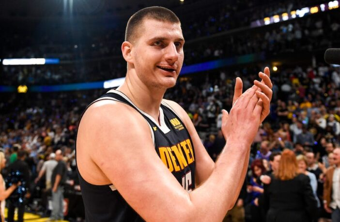 Nikola Jokic sous le maillot des Denver Nuggets