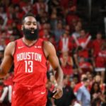 NBA – Un poursuivant surprise prêt à rafler James Harden ?