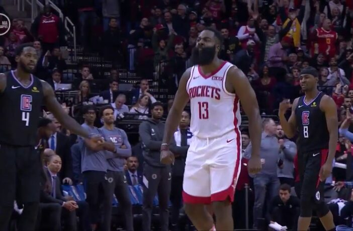 James Harden sur-excité après un panier clutch contre Kawhi Leonard et les Clippers de Los Angeles
