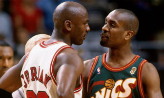 Michael Jordan et Gary Payton en plein trashtalk