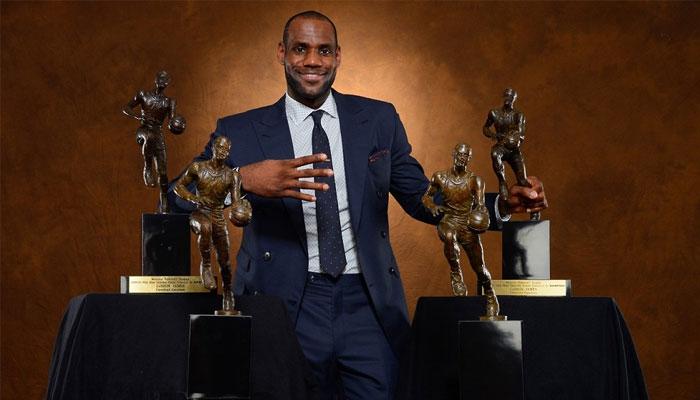 LeBron James et ses 4 titres de MVP